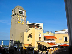 Capri Tours - The famous Piazzetta of Capri